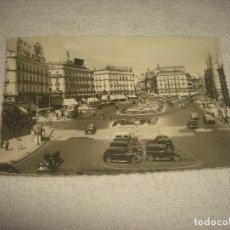 Postales: MADRID 252 . PUERTA DEL SOL . ED. GARRABELLA . CIRCULADA. Lote 65422151