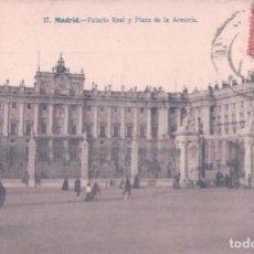 Postales: POSTAL MADRID PALACIO REAL Y PLAZA DE LA ARMERIA . LACOSTE 17, CIRCULADA. Lote 67861169