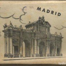 Postales: MADRID: BLOC CON 10 POSTALES ANTIGUAS DE GARCIA GARABELLA. Lote 71168381