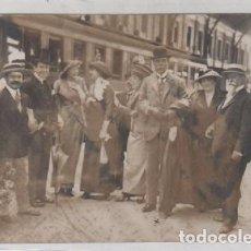 Postales: FOTOGRAFÍA 11 X 8 CM EL EMBAJADOR DE ARGENTINA MANUEL LAINEZ EN MADRID. MARQUES VALDEIGLESIAS. Lote 71870271