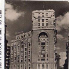 Postales: MADRID.- VISTA DEL PALACIO DE LA PRENSA Y PLAZA DE CALLAO, FTO MOLINA, SIN CIRCULAR.JMOLINA1946. Lote 83289876