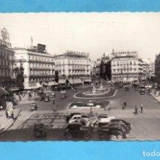 Postales: POSTAL DE MADRID PLAZA DEL SOL EDITOR GARCIA GARRABELLA CIRCULADA AÑO 1957. Lote 99922367