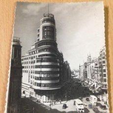 Postales: ANTIGUA POSTAL CAPÍTOL Y GRAN VIA MADRID ESCRITA. Lote 103713191