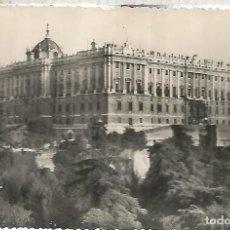 Postales: MADRID PALACIO REAL ESCRITA. Lote 112424675