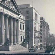 Postales: POSTAL MADRID 49 - PALACIO DE LAS CORTES ESPAÑOLAS Y CARRERA DE SAN JERONIMO - GARRABELLA. Lote 131627862