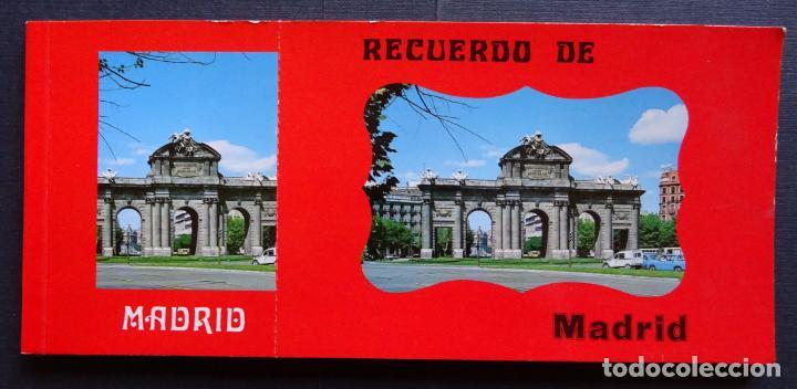 RECUERDO DE MADRID , CARPETA CON 10 POSTALES GRANDES Y 10 PEQUEÑAS. VER FOTOS (Postales - España - Madrid Moderna (desde 1940))