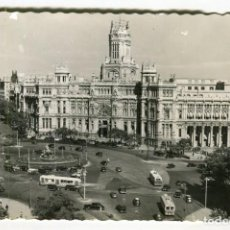 Postales: MADRID Nº 16 PLAZA DE LA CIBELES Y PALACIO DE COMUNICACIONES GARCIA GARRABELLA ESCRITA. Lote 134715618