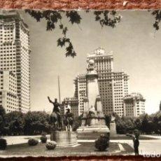 Postales: MADRID - PLAZA DE ESPAÑA -MONUMENTO A CERVANTES. Lote 143379886