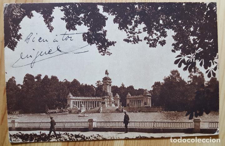 MADRID ESTANQUE DEL RETIRO Y MONUMENTO A ALFONSO XII Nº 8 - HUECO GRABADO MUNBRU (Postales - España - Madrid Moderna (desde 1940))