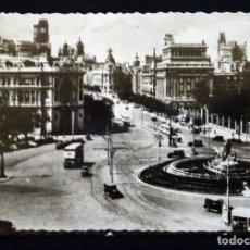 Postales: MADRID, CIBELES Y CALLE DE ALCAL, POSTAL CIRCULADA CON SELLOS DEL AÑO 1953. Lote 150822438