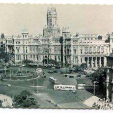 Postales: TARJETA POSTAL FOTOGRAFICA - MADRID / PLAZA CIBELES Y PALACIO COMUNICACIONES. Lote 151871026
