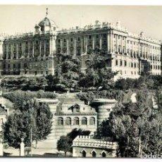 Postales: TARJETA POSTAL FOTOGRAFICA - MADRID / PALACIO REAL. Lote 151880090