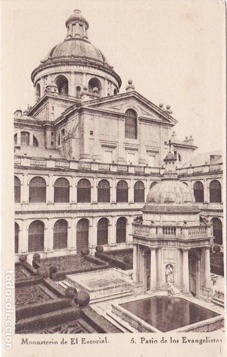 MONASTERIO DE EL ESCORIAL, PATIO DE LOS EVANGELISTAS (Postales - España - Comunidad de Madrid Antigua (hasta 1939))