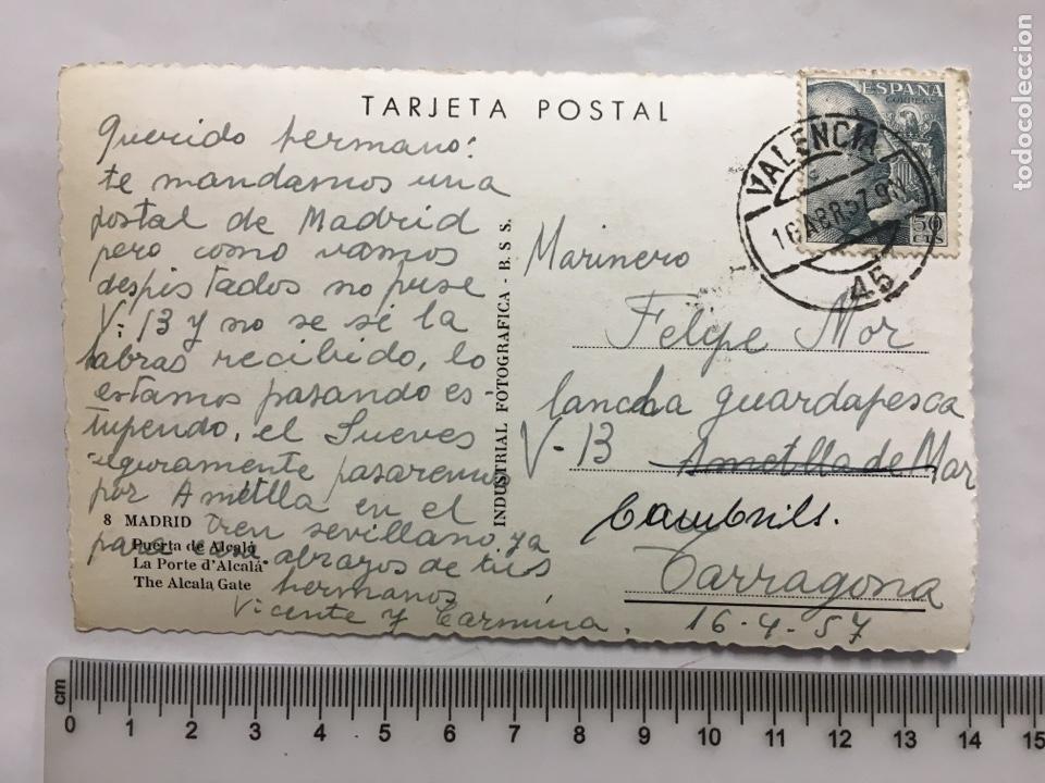 Postales: POSTAL. MADRID. PUERTA DE ALCALÁ. INDUSTRIAL FOTÓGRAFICA. H. 1955?. - Foto 2 - 160593841