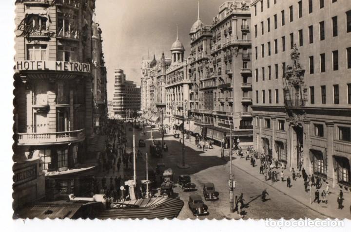 POSTAL DE MADRID - VISTA PARCIAL DE LA AVENIDA DE JOSÉ ANTONIO (Postales - España - Madrid Moderna (desde 1940))