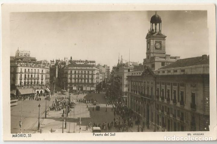 POSTAL FOTOGRAFICA ANTIGUA DE MARID-EDICIONES ARRIBAS Nº 33-PUERTA DEL SOL-SIN CIRCULAR (Postales - España - Madrid Moderna (desde 1940))