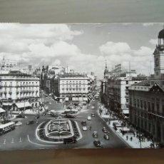 Postales: POSTAL MADRID PUERTA DEL SOL. Lote 176442588