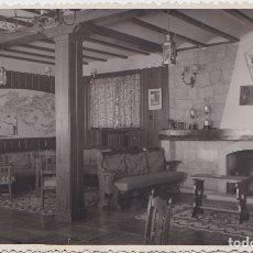 Postales: CERCEDILLA (MADRID) - ALBERGUE DE MONTANA - SALON DE ESTAR. Lote 177215300