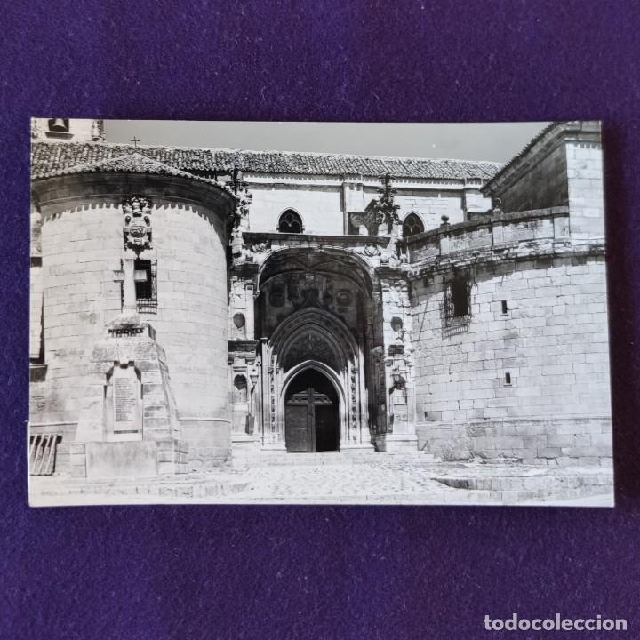POSTAL DE TORRELAGUNA (MADRID). N°3 IGLESIA PARROQUIAL PORTADA. AÑOS 50 (Postales - España - Madrid Moderna (desde 1940))