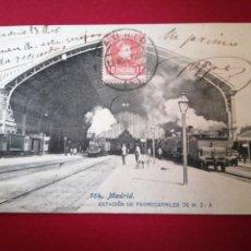 Postales: ESTACIÓN DE FERROCARRILES DE MADRID CIRCULADA 1908. Lote 183697601