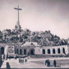 Postales: POSTAL CUELGAMUROS - MADRID - MONUMENTO NACIONAL DEL VALLE DE LOS CAIDOS - FACHADA PRINCIPAL - FISA. Lote 185884232