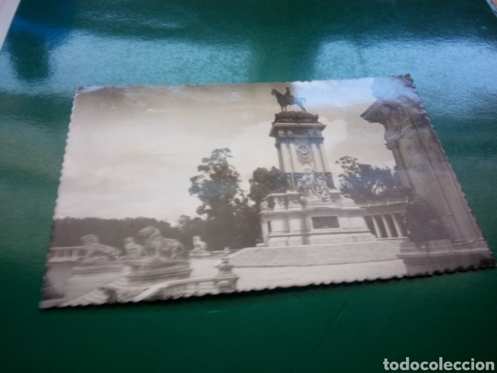 ANTIGUA POSTAL DE MADRID. PARQUE DEL RETIRO. 1952 (Postales - España - Madrid Moderna (desde 1940))