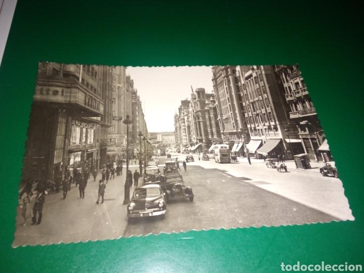ANTIGUA Y RARA POSTAL DE MADRID. AVENIDA DE JOSÉ ANTONIO. EDICIONES F. MOLINA. AÑOS 50 (Postales - España - Madrid Moderna (desde 1940))