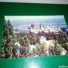 Postales: ANTIGUA POSTAL DE EL ESCORIAL MADRID. AÑOS 60. Lote 194234710