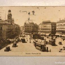 Postales: MADRID. POSTAL: PUERTA DEL SOL, ANIMADA, TRANVÍAS, COCHES... (JULIO DE 1934) ESCRITA.... Lote 194309106