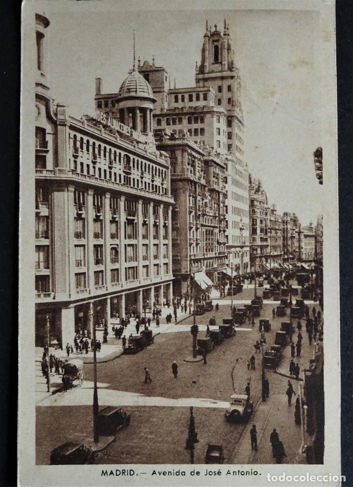 MADRID, ANTIGUA POSTAL CIRCULADA CON SELLO DEL AÑO 1942 (Postales - España - Madrid Moderna (desde 1940))