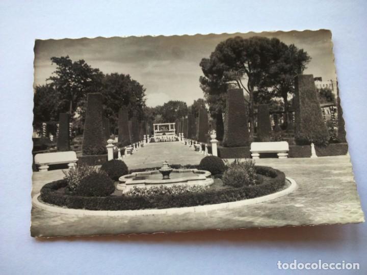 POSTAL -- MADRID - PARQUE ZOOLOGICO DEL RETIRO. JARDINES -- CIRCULADA -- (Postales - España - Madrid Moderna (desde 1940))