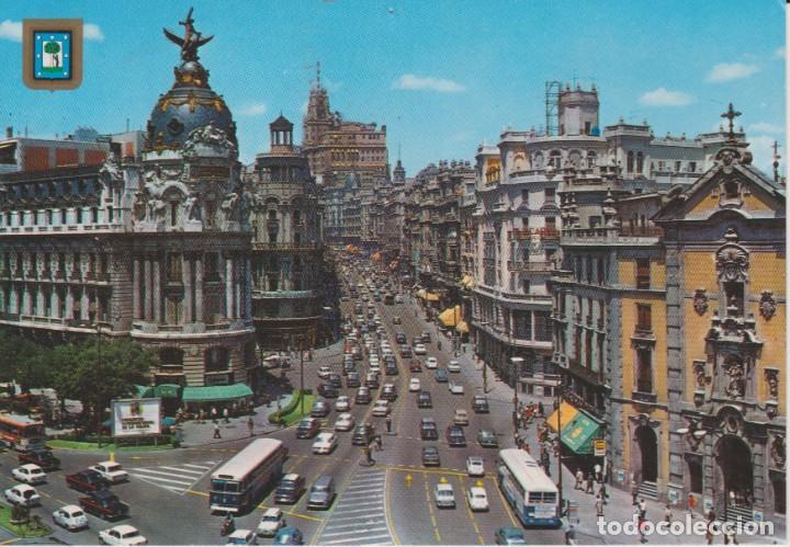MADRID. GRAN VIA ... 1 AGUJERO DE CHINCHETA (Postales - España - Madrid Moderna (desde 1940))
