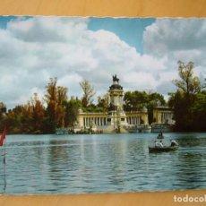 Postales: MADRID - PARQUE DEL RETIRO. ESTANQUE (ESCRITA Y CIRCULADA). Lote 195215790