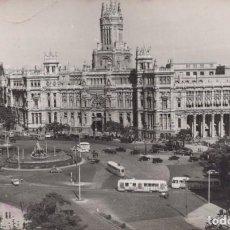 Postales: POSTAL MADRID - PLAZA DE LAS CIBELES Y PALACIO COMUNICACIONES - 4 GARRABELLA. Lote 198562246