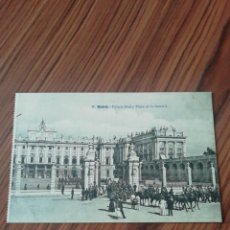 Postales: POSTAL MADRID. PALACIO REAL Y PLAZA DE LA ARMERÍA. LACOSTE. SC. Lote 200361316