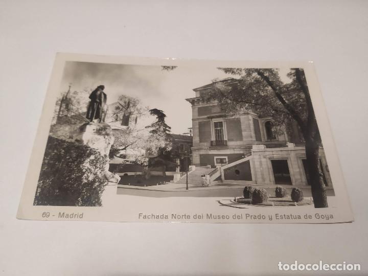 COMUNIDAD DE MADRID - POSTAL MADRID - FACHADA NORTE DEL MUSEO DEL PRADO Y ESTATUA DE GOYA (Postales - España - Madrid Moderna (desde 1940))