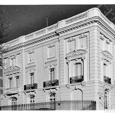 Postales: MADRID.- FOTOGRAFÍA CALLE CASTELLÓ ESQUINA LISTA. Lote 210196150