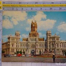 Postales: POSTAL DE MADRID. AÑO 1963. PALACIO COMUNICACIONES. GUARDIA POLICIA URBANO TRÁFICO. 102 BEASCOA 3168. Lote 210524313