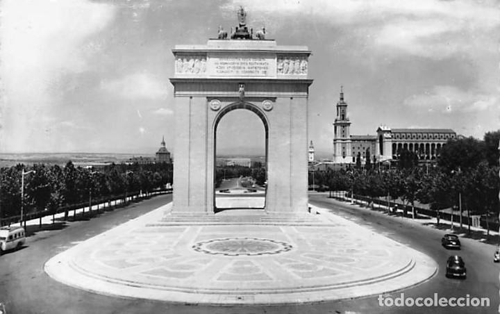 MADRID.- ARCO DEL TRIUNFO (Postales - España - Madrid Moderna (desde 1940))