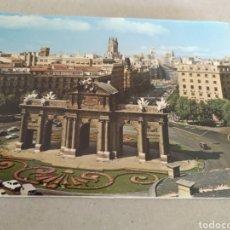 Postales: POSTAL DE MADRID. PUERTA DE ALCALÁ. SIN CIRCULAR. Lote 220968612