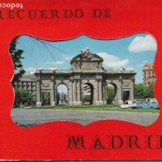 Postales: RECUERDO DE MADRID BLOK CON 36 IMAGENES, CAMPO DE FUTBOL BERNABEU, CALDERON, PALACIO REAL ETC.. Lote 233883865