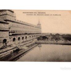 Postales: MONASTERIO DEL ESCORIAL.(MADRID).- FACHADA DEL MEDIODÍA DESDE LOS ALAMILLOS.. Lote 236796640