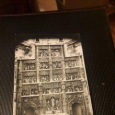 Postales: ANTIGUA POSTAL FOTOGRAFÍCA, MONASTERIO DEL PAULAR, RETABLO GÓTICO. Lote 237019550