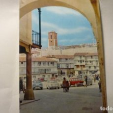Postais: POSTAL CHINCHON -PL.MAYOR Y TORRE-- COCHES SEAT CM. Lote 242419040