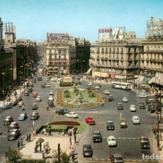 Postais: EM0318 MADRID - PUERTA DEL SOL 1968 - ESCUDO DE ORO Nº148 VESPAS SEAT 1500 600 850 GORDINI RENAULT 8. Lote 253288445