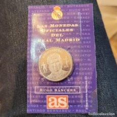 Postales: MONEDA OFICIAL REAL MADRID HUGO SÁNCHEZ. Lote 253858835