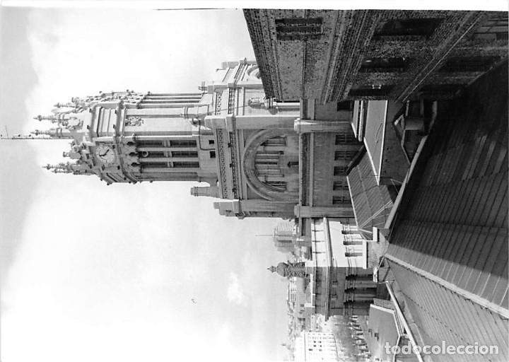 Postales: MADRID. 1970 EDIFICIO DE CORREOS. REPORTAJE FOTOGR´FAICO CON 28 FOTOGRAFÍAS DE 18 X 12,5 CMS. - Foto 13 - 262260295