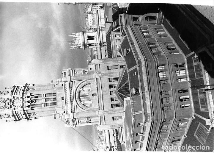 Postales: MADRID. 1970 EDIFICIO DE CORREOS. REPORTAJE FOTOGR´FAICO CON 28 FOTOGRAFÍAS DE 18 X 12,5 CMS. - Foto 14 - 262260295