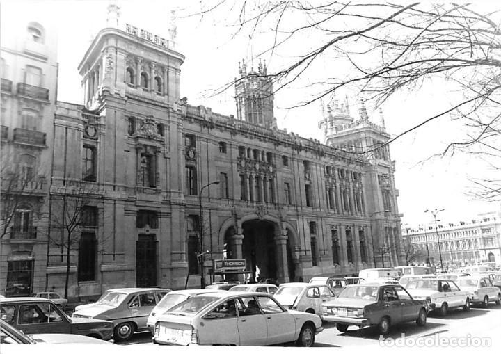 Postales: MADRID. 1970 EDIFICIO DE CORREOS. REPORTAJE FOTOGR´FAICO CON 28 FOTOGRAFÍAS DE 18 X 12,5 CMS. - Foto 24 - 262260295
