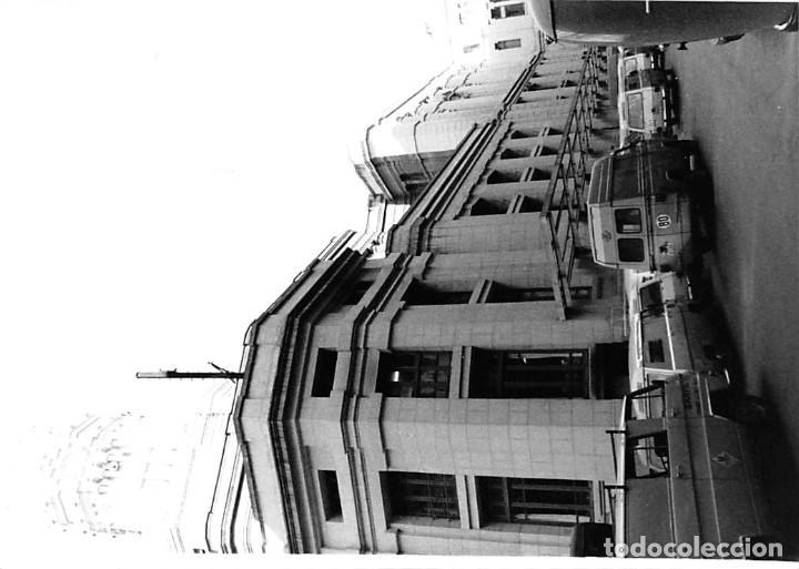Postales: MADRID. 1970 EDIFICIO DE CORREOS. REPORTAJE FOTOGR´FAICO CON 28 FOTOGRAFÍAS DE 18 X 12,5 CMS. - Foto 26 - 262260295
